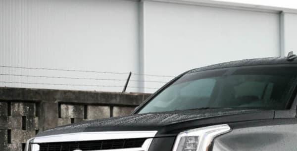 Le Cadillac Escalade est un SUV, dont le lancement commercial s'est fait en présence de Donald Trump.