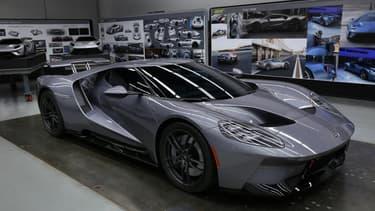 La GT avait crée la sensation en 2015 au Salon de Détroit. Un an plus tard, l'heure est enfin arrivée pour le bijou signé Ford de sortir des usines de Dearborn.