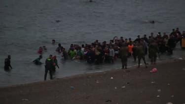 Plus de 6.000 migrants ont traversé la frontière espagnole en un jour