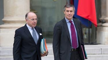 Bernard Cazeneuve, à gauche, aux côtés de Jérôme Cahuzac, qu'il va remplacer au Budget.