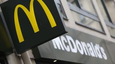 McDonald's est accusé par plusieurs syndicats d'avoir échappé à environ 1 milliard d'euros d'impôts.