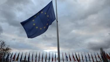 Le déficit de la zone euro a été moins important en 2013 qu'en 2012.