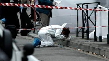 Les enquêteurs recherchent depuis le début un troisième homme présent au moment du vol du scooter qui a servi à commettre les meurtres.