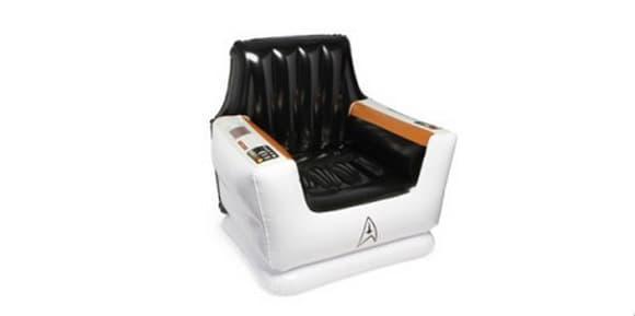 Le fauteuil Star Trek gonflable.