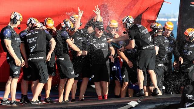 Team New Zealand remporte la 36e Coupe de l'America