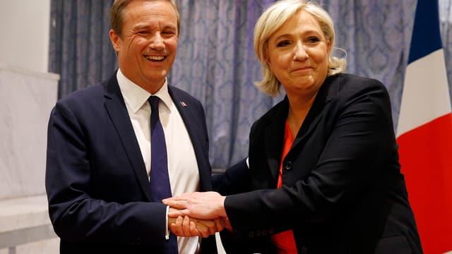 Nicolas Dupont-Aignan et Marine Le Pen, le 29 avril.