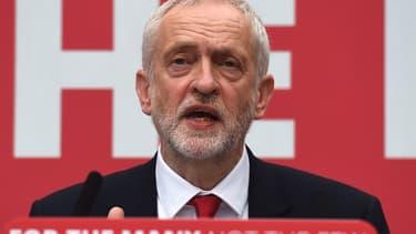 Jeremy Corbyn veut nationaliser plusieurs secteurs de l'économie britannique.