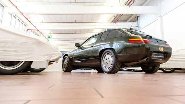 La position à l'avant du V8 a permis de modifier la 928.
