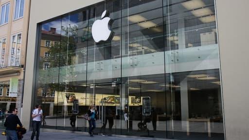 Il y a 5 ans, l'App store débarquait sur les smartphones, une révolution inventée par Steve Jobs