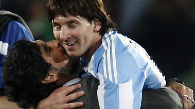 Lionel Messi et Diego Maradona en parfaite harmonie
