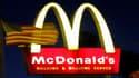 Aux Etats-Unis, les salaires minimum chez McDonalds dépassent à peine les 7 dollars de l'heure.