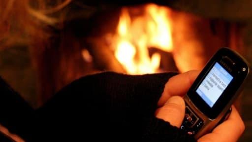 les Français restent attachés aux SMS et aux MMS