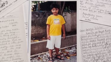 La photo de Timothy au milieu de la correspondance.