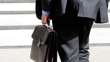 Les entrepreneurs déjà installés en France appellent aussi à lever les freins administratifs pour les petites entreprises.