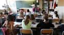 Bertrand Delanoë, qui souhaite mettre en place la réforme contestée des rythmes scolaires dès la rentrée 2013 à Paris, a lancé lundi un nouvel appel à la concertation à la veille d'une journée de grève des enseignants du primaire. /Photo d'archives/REUTER