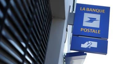 Une campagne de phishing est en cours sur La Banque Postale. En leur promettant de mieux les protéger des arnaques en ligne, les pirates demandent aux clients de leur communiquer leurs coordonnées bancaires.