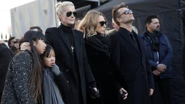 Laeticia Hallyday, Laura Smet, et David Hallyday, lors des obsèques du chanteur, le 9 décembre, à Paris