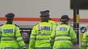 La police londonienne annonce avoir arrêté deux personnes soupçonnées de complicité de meurtre du soldat assassiné sauvagement mercredi.