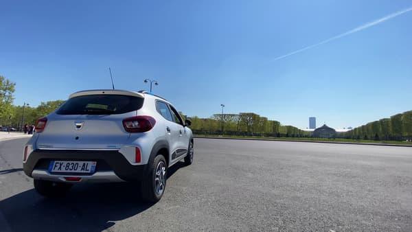 Dacia annonce 230 kilomètres d'autonomie en ville en cycle WLTP.