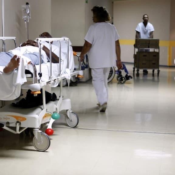 Covid-19: trois premiers patients transférés samedi de Martinique vers Paris