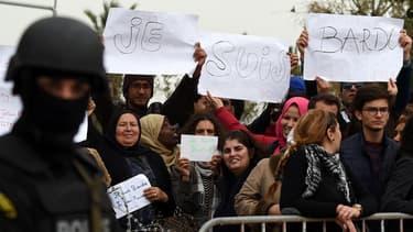 Une cérémonie d'hommage a eu lieu le 24 mars devant le musée du Bardo à Tunis.