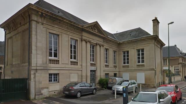 Le collège Lemière de Caen.