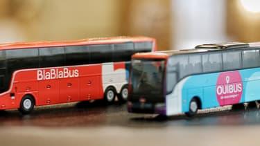 La marque Ouibus, avec ses cars bleus et roses, disparaîtra au profit des couleurs de BlaBlaBus, bleu-blanc-rouge.