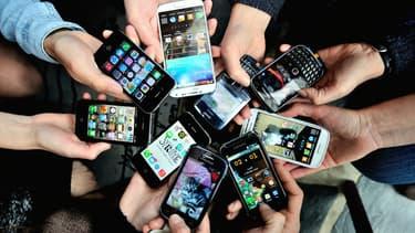 Et si nos portables nuisaient à la communication réelle? (illustration)