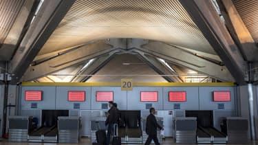 L'aéroport Lyon Saint-Exupéry a ouvert un centre de dépistage.