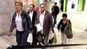 Nadine Prigent (CGT), Marcel Blondel (CFTC), Jean Grosset (UNSA) et Annick Coupe (Solidaires), à la sortie de leur réunion de mercredi au siège de la CGT, à Montreuil, près de Paris. Six centrales (CFDT, CGT, CFTC, FSU, UNSA, CFE-CGC) ont appelé à une nou