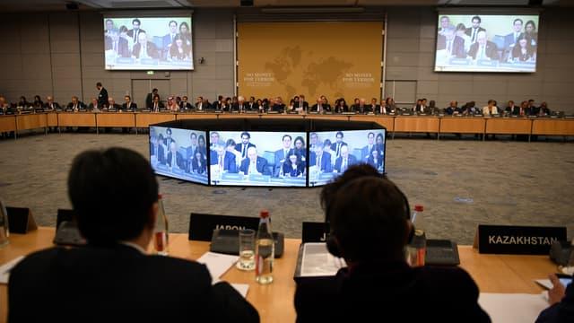 """Lors de la conférence """"No Money for Terror"""", à Paris, le 26 avril."""