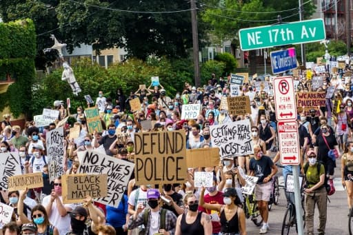 Manifestation à Minneapolis (Minnesota), le 6 juin 2020