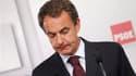 Le chef du gouvernement espagnol, José Luis Rodriguez Zapatero. Groggy, le Parti socialiste (PSOE) au pouvoir en Espagne se trouve lundi, au lendemain de sa lourde défaite aux élections régionales et municipales, devant un dilemme : répondre à la grogne s