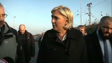 Marine Le Pen ce mardi à Grande-Synthe.
