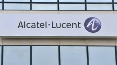 Alcatel-Lucent emploie 5.000 chercheurs en Chine et 4.700 aux Etats-Unis, mais seulement 3.000 en France