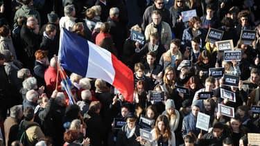 """Des affiches """"Je suis Charlie"""" à La Rochelle, le 11 janvier 2015."""