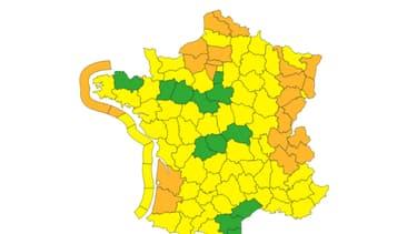 Les 24 départements en alerte orange.