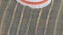 La capsule Soyouz ramenant sur Terre deux cosmonautes russes et une astronaute américaine de la Station spatiale internationale (ISS) s'est posée sans dommage samedi au Kazakhstan. /Photo prise le 25 septembre 2010/REUTERS/Maxim Shipenkov/Pool