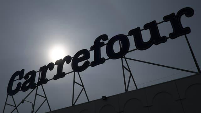 Carrefour a décidé d'allonger les dates limites de consommation de 350 produits.