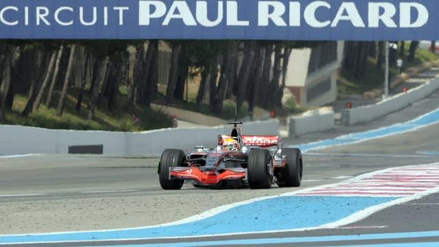 Lewis Hamilton sur le circuit Paul Ricard, en 2008
