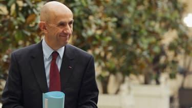 Louis Gallois se félicite de la constitution de filière, comme un élément pour redresser la compétitivité française
