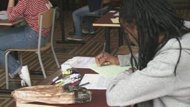 Les candidats de série L, S et ES ont planché 4 heures les sujets de français.