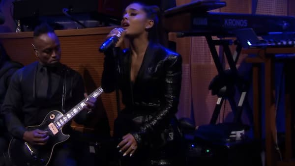 Ariana Grande au Tonight Show le 16 août