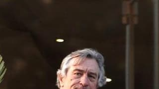 Si le Festival de Cannes voulait un président du jury très discret, il ne pouvait faire un meilleur choix que Robert De Niro, dont le statut de star mondiale n'a d'égal que l'effacement médiatique. /Photo prise le 10 mai 2011/REUTERS/Vincent Kessler