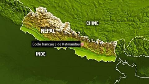 """Après le deuxième séisme au Népal, """"on monte à nouveau les tentes"""" dans une école française"""