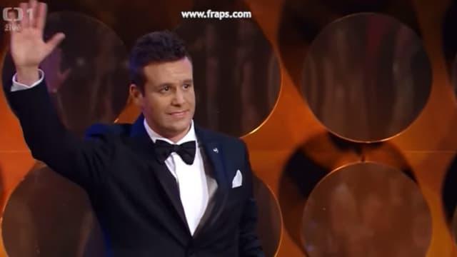 Un obscur sosie de Jim Carrey, Hari Zinhasovic, s'est fait passer pour le célèbre acteur américano-canadien, au cours d'une cérémonie de l'Académie tchèque du cinéma et de la télévision (CFTA), retransmise en direct à la télévision.