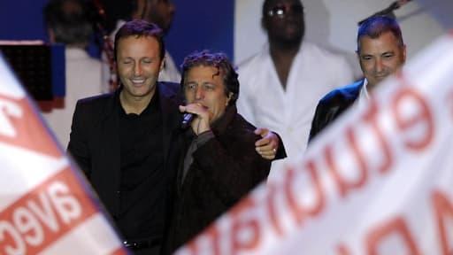 Arthur, Christian Clavier et Jean-Marie Bigard  célébrant l'élection de Nicolas Sarkozy place de la Concorde en mai 2007