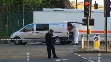 Au lendemain de l'assassinat d'un soldat en pleine rue, Londres est sous le choc.