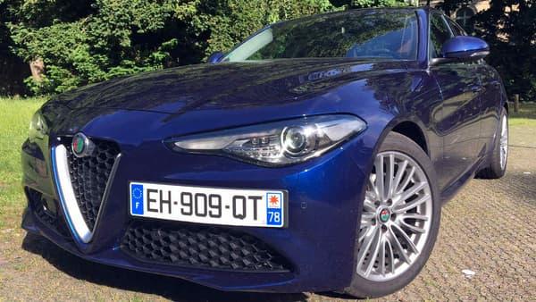 En essence, l'entrée de gamme de la Giulia fait 200 chevaux. En diesel, le plus petit moteur ne fait que 136 chevaux.
