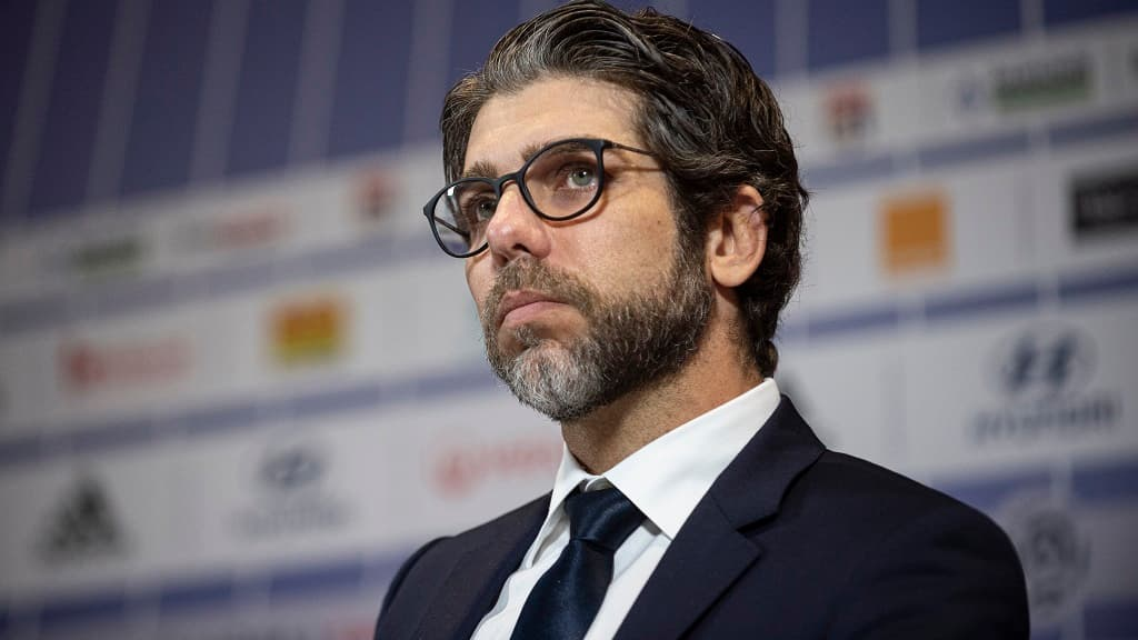 Juninho suspended for inappropriate feedback in the direction of the referee after the derby in opposition to Saint-Etienne
